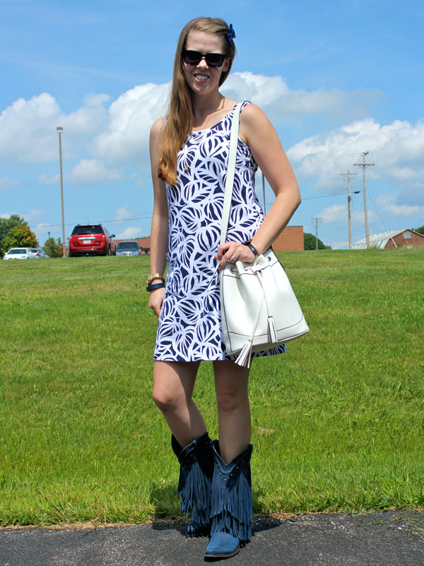 boots-front-with-purse