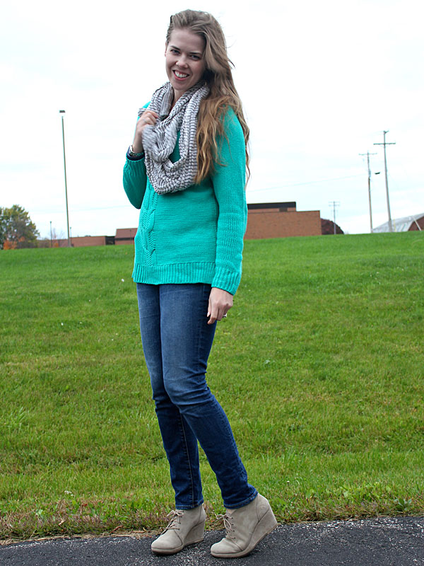 green-sweater-jeans-3