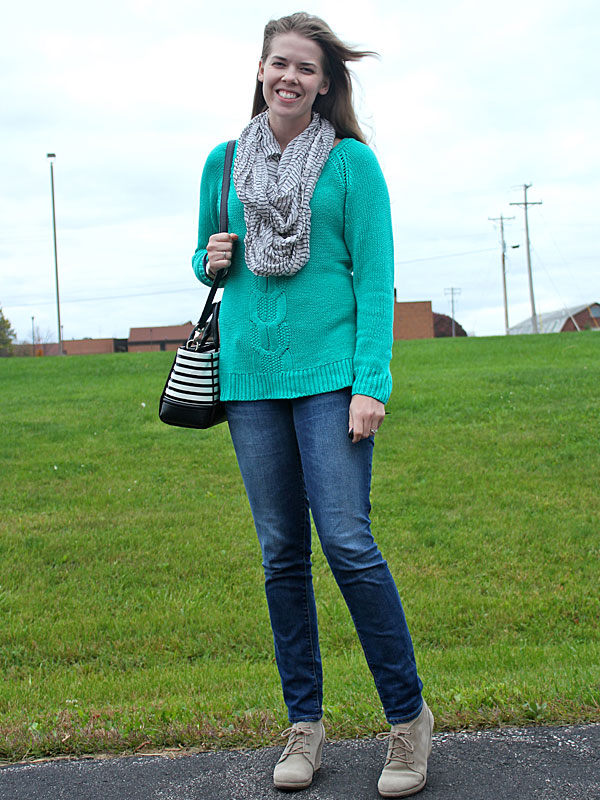 green-sweater-jeans-5