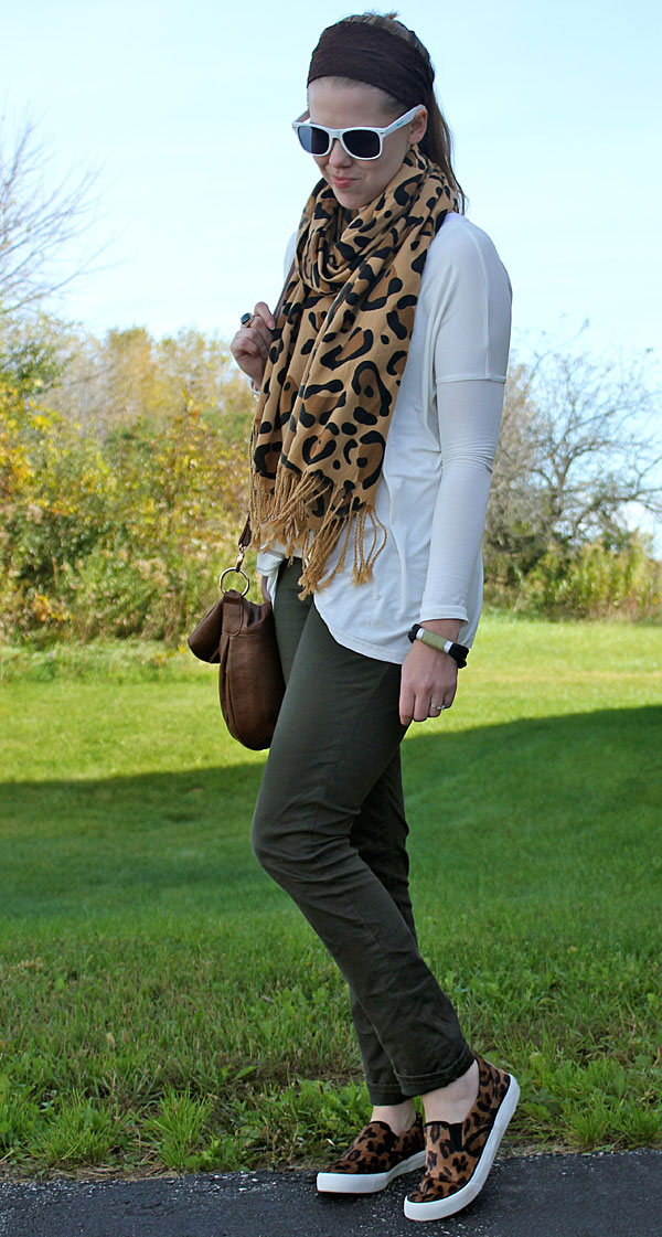 leopard-and-olive-2