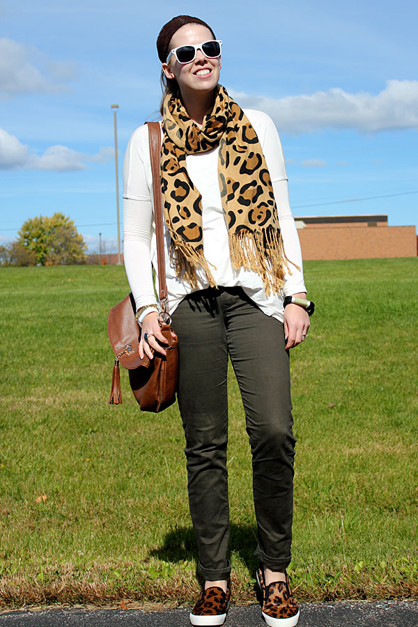 leopard-and-olive-4