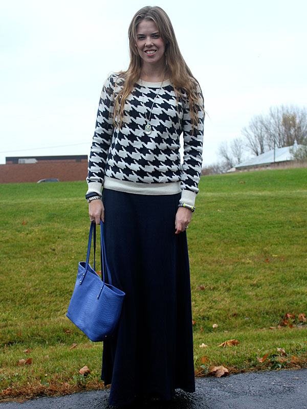 houndstooth-sweater-blue-maxi