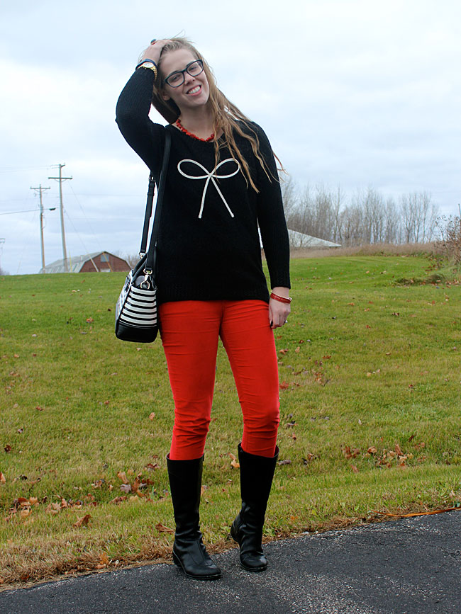 black-bow-sweater-red-pants-2