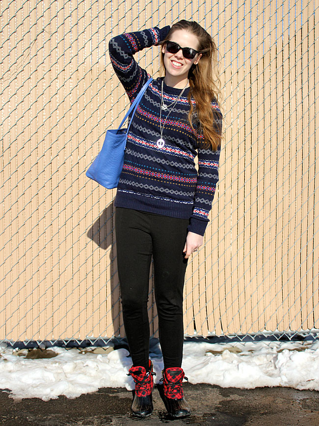 fair-isle-sweater-black-pants-sperry-boots2