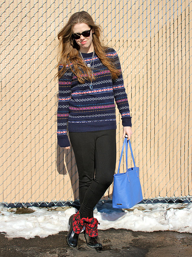 fair-isle-sweater-black-pants-sperry-boots3