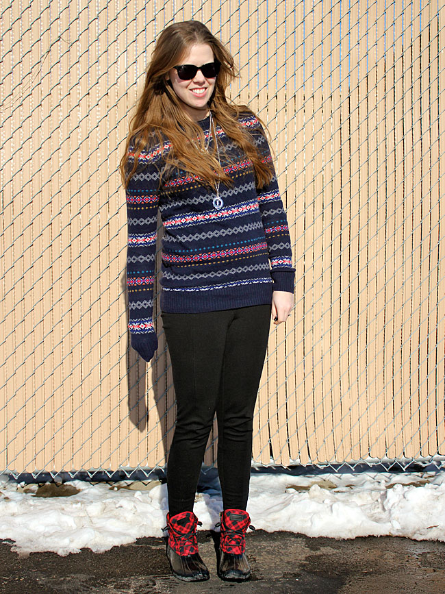 fair-isle-sweater-black-pants-sperry-boots4