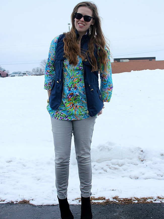 lilly-pulitzer-tunic-blue-vest-grey-jeans3