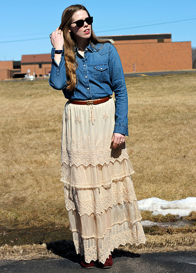 4 ways to wear chambray in summer: with a maxi skirt