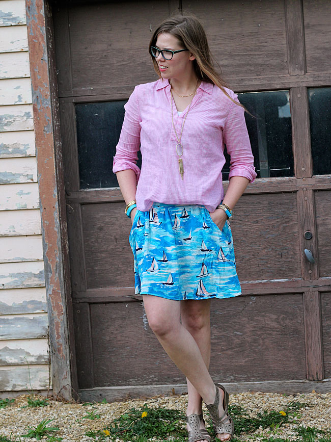 blue-boat-skirt-red-striped-top