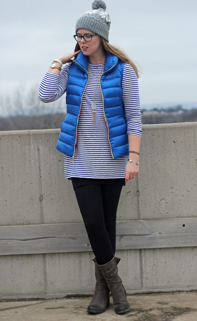 blue-lilly-pulitzer-allie-vest-striped-tunic-leggings-beanie-3