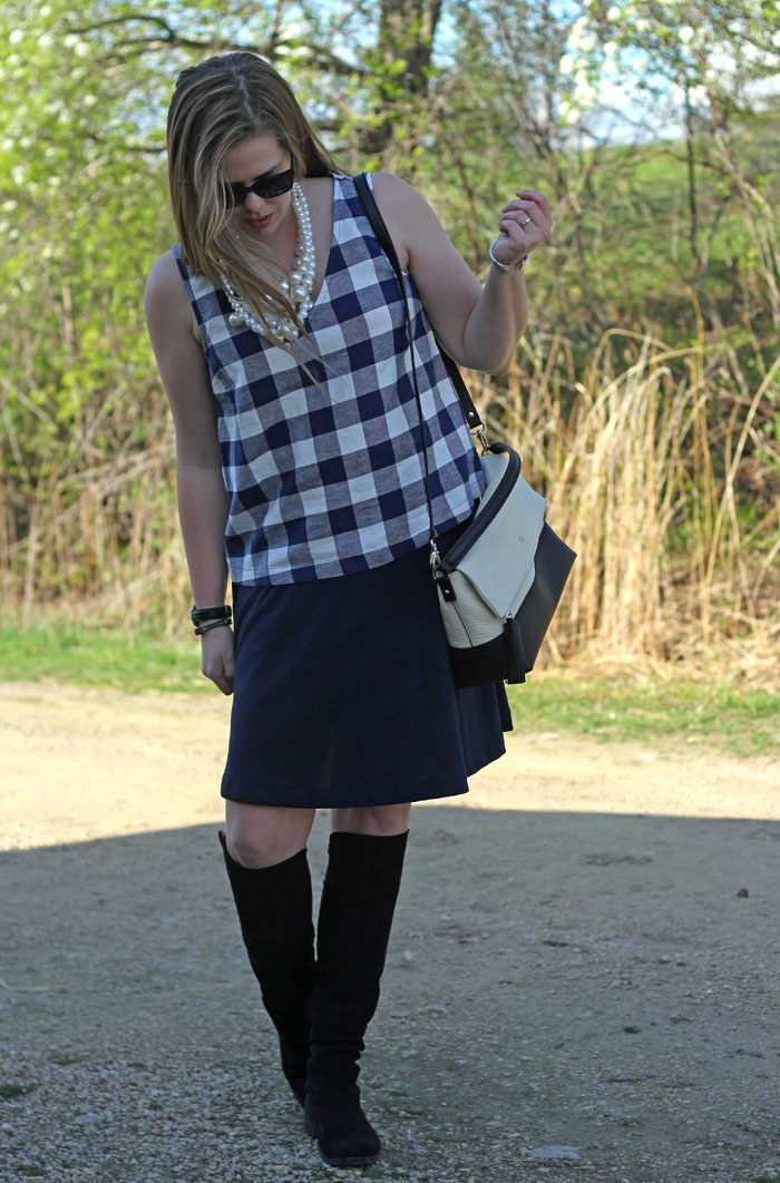 plaid-gingham-top-pearls-navy-skirt-otk-boots