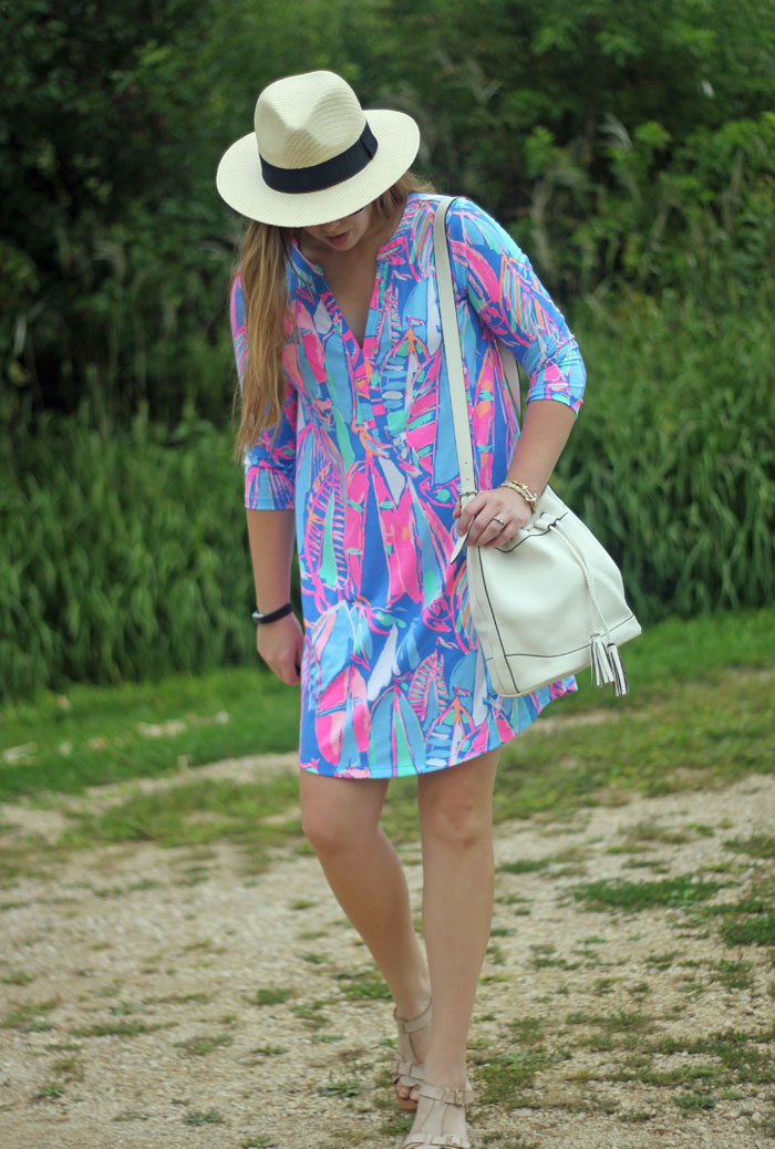 Lilly Pulitzer Ali dress in Bay Blue Out To Sea, white bucket bag, panama hat   Puppies & Pretties